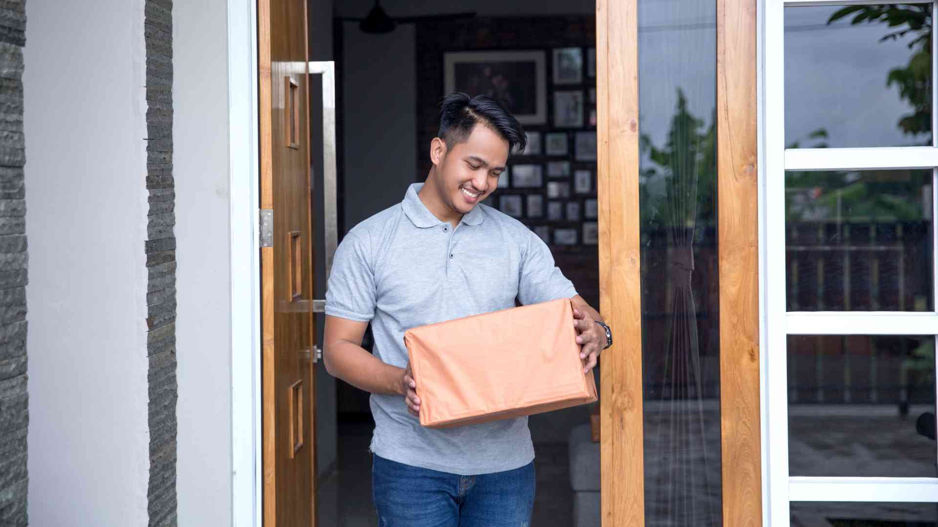 POS Package at Door