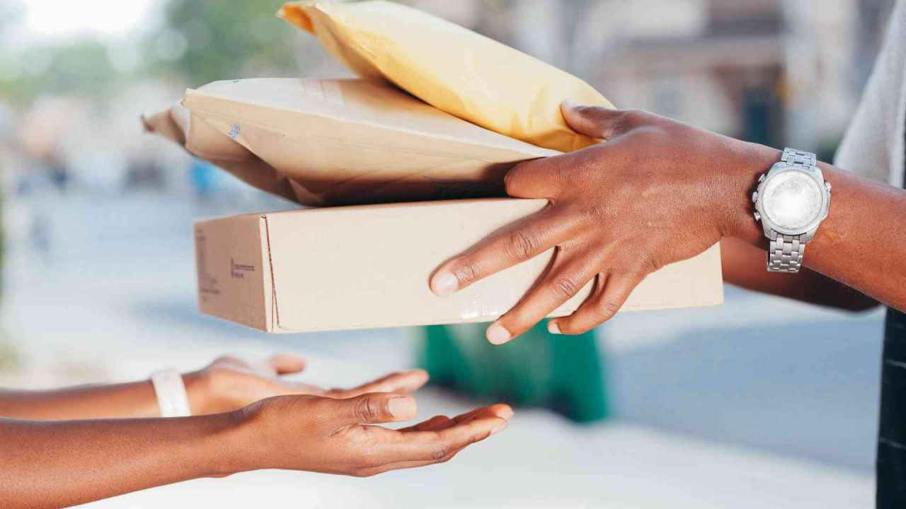 Package delivery to customers hands